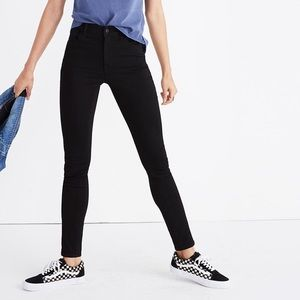 Madewell Roadtripper Jeans in Bennett Black